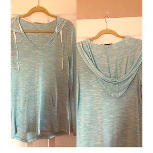 Tops - Lightweight hooded sweatshirt